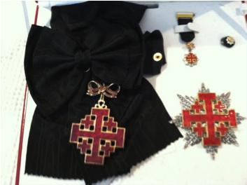 ladygrandcross1